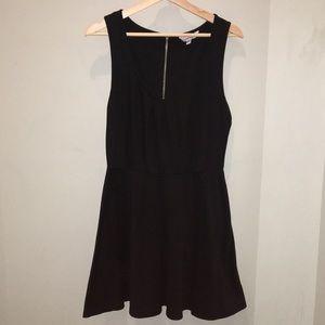 Dresses & Skirts - Black Dress!